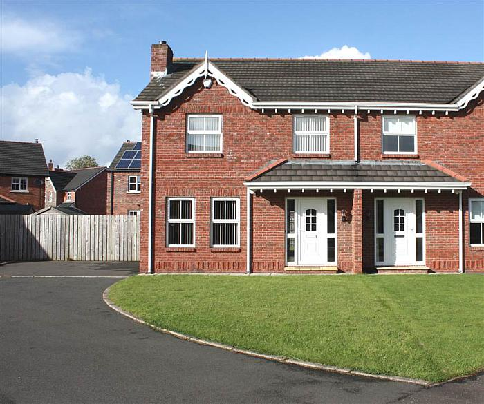 28 Wellington Park Avenue, Craigavon