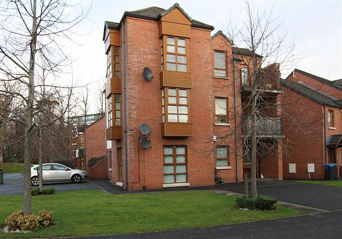 56 Redwood Dale, Dunmurry