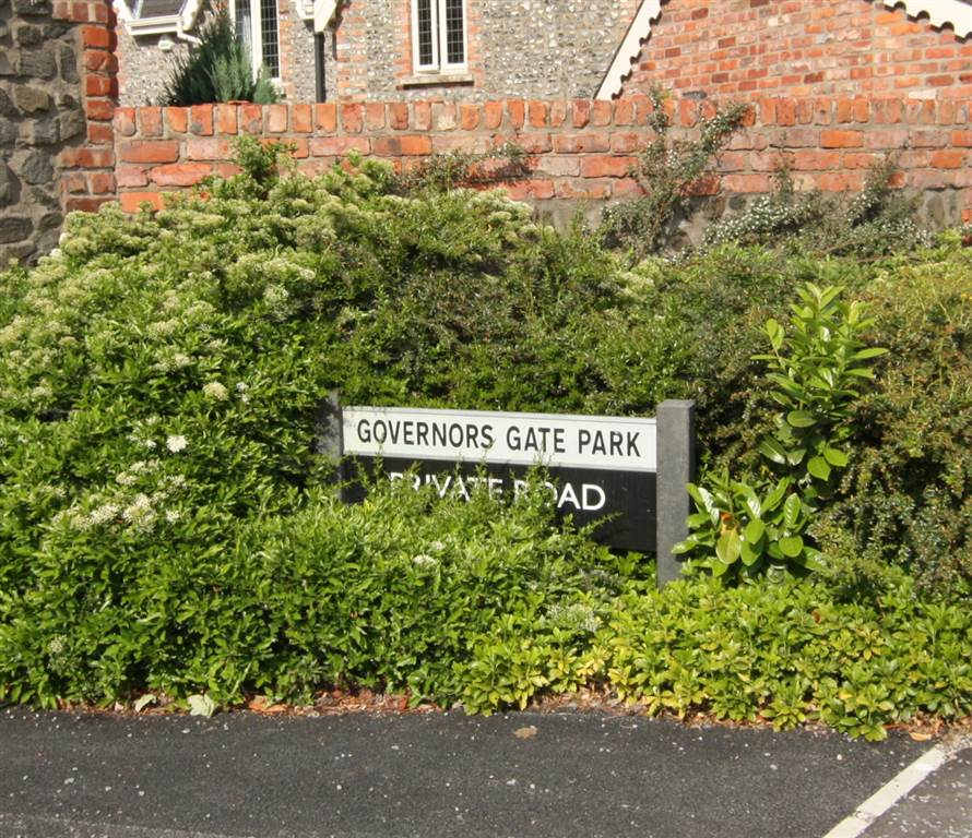 1 Governors Gate Park