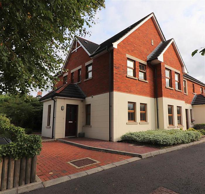 2 Burnbrae Mews, Lisburn